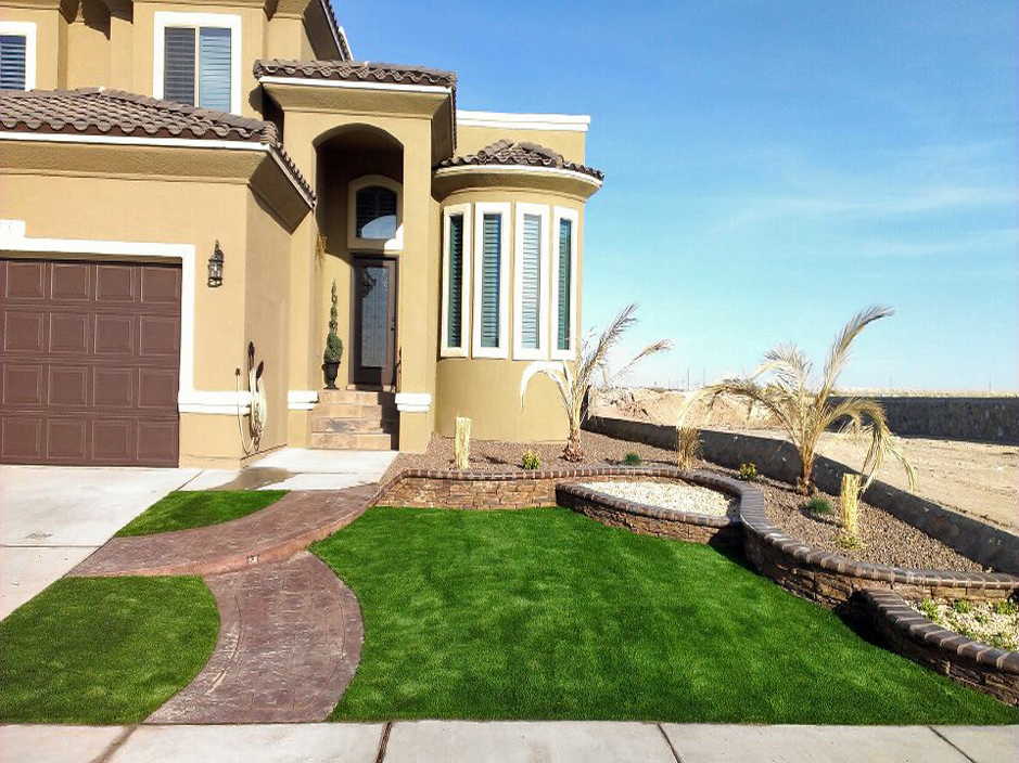 Artificial grass el paso texas putting greens synthetic for Home turf texas landscape design llc houston tx