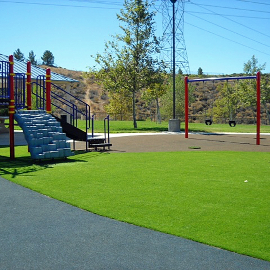 Artificial Grass Installation in Des Moines, Iowa