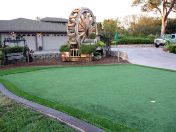 Artificial Grass Photos: Artificial Grass Installation in Torrance, California