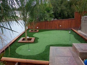 Artificial Grass Photos: Artificial Grass Installation in Port Saint Lucie, Florida