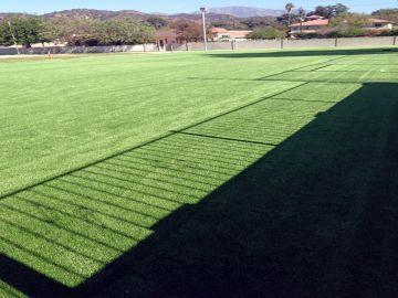 Artificial Grass Photos: Artificial Grass Installation in Bell Gardens, California