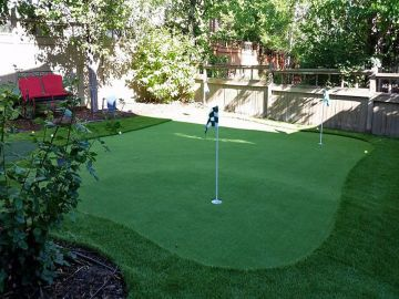 Artificial Grass Photos: Artificial Grass Installation in Highland Park, Texas