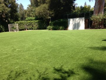 Artificial Grass Photos: Artificial Grass Installation In Stanford, California