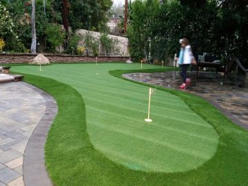 Artificial Grass Photos: Artificial Grass Installation in Willowbrook, California