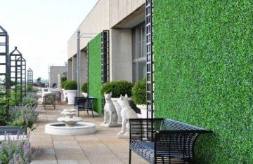 Privacy wall screen with artificial ivy boxwood