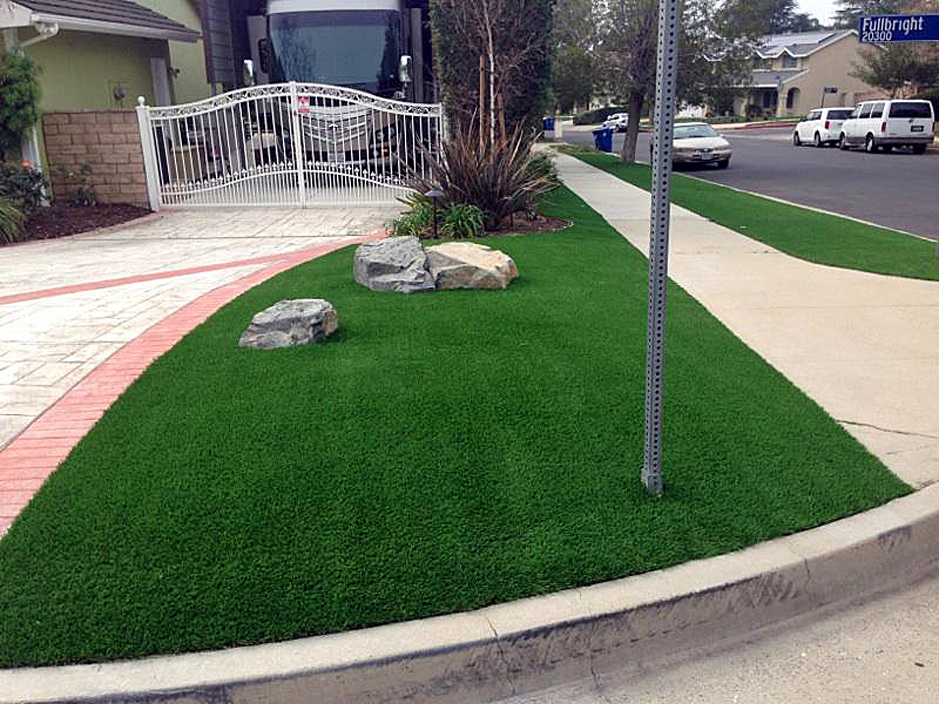 Artificial Grass Simi Valley California Putting Greens