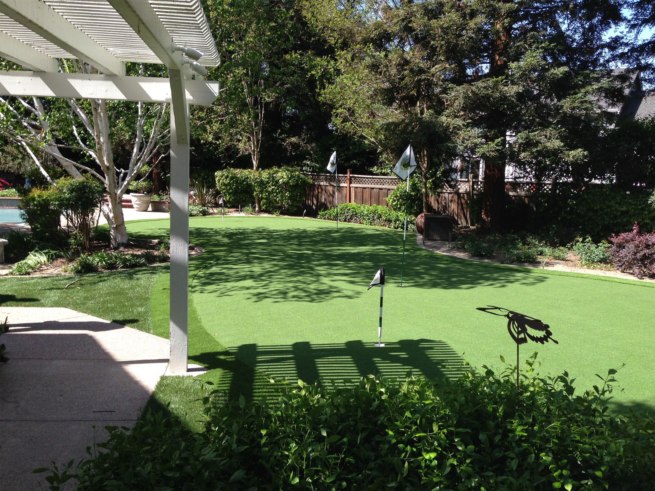 Turf Vs Grass Backyard : Responses To Synthetic Grass, Artificial Grass North Hollywood
