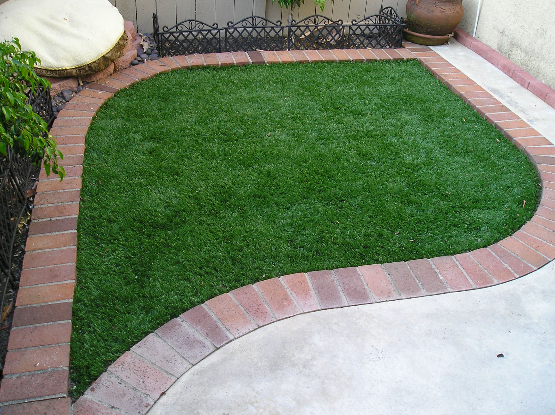 S Blade-90 best artificial grass,best fake grass,best synthetic grass,best turf,best artificial grass for home,artificial lawn,synthetic lawn,fake lawn,turf lawn,fake grass lawn
