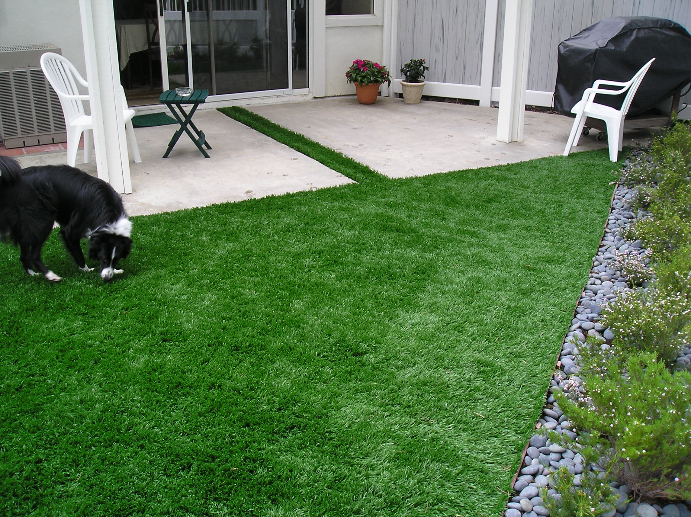 S Blade-90 pet friendly artificial grass