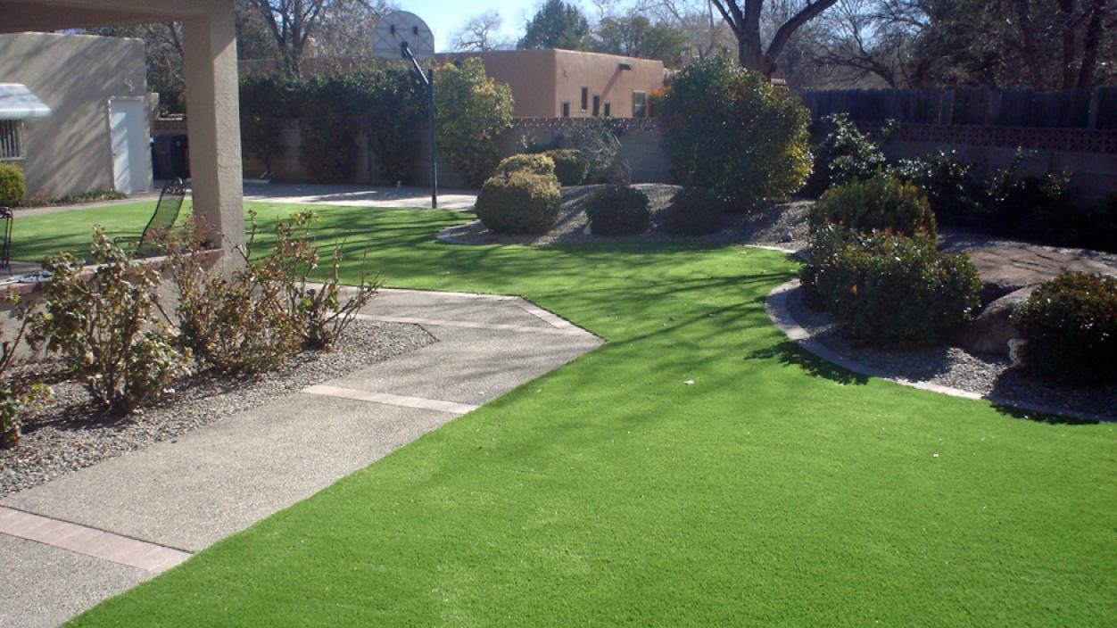 Artificial Grass Installation In Albuquerque, New Mexico