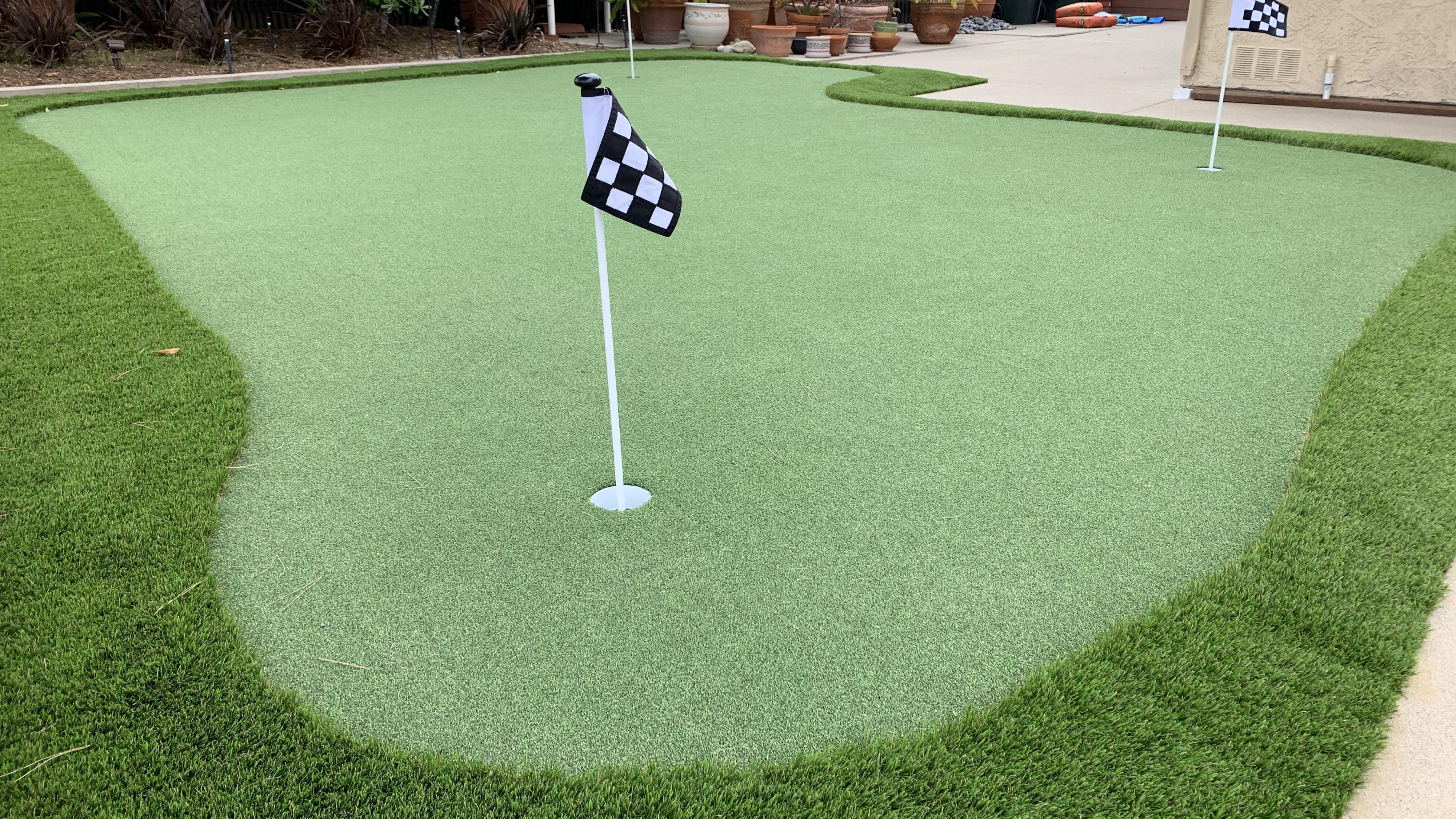 Putt-60 Bicolor best artificial grass,best fake grass,best synthetic grass,best turf,best artificial grass for home,fake green grass,green grass carpet,artificial lawn,synthetic lawn,fake lawn,turf lawn,fake grass lawn