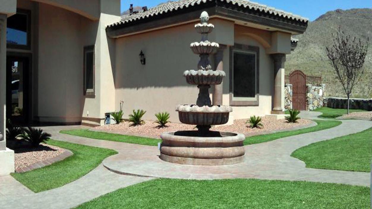 Artificial Grass, Synthetic Turf Installation in El Paso, Texas