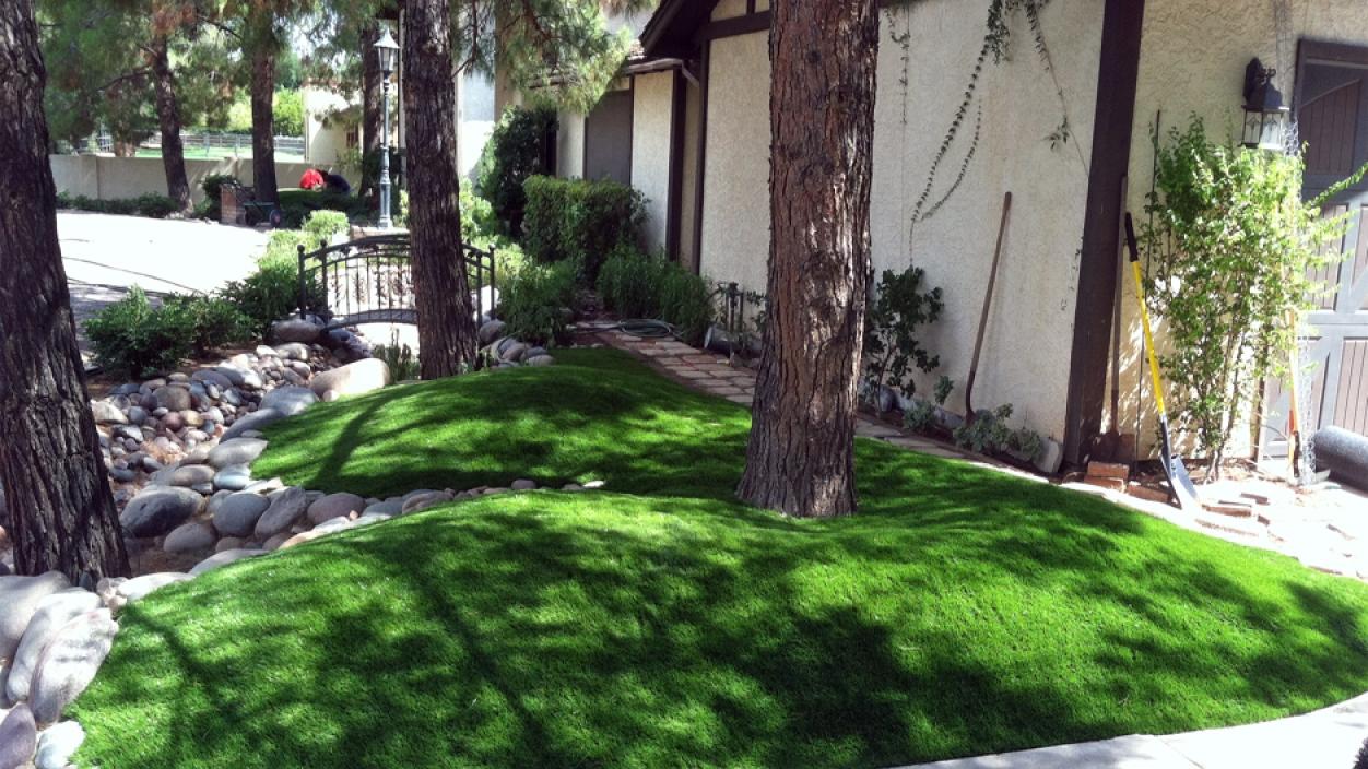 Artificial Grass Installation in Phoenix, Arizona