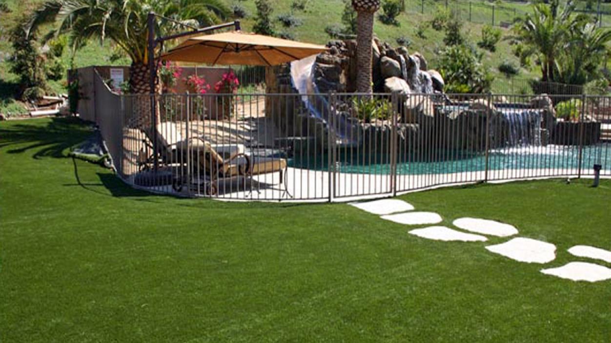 Artificial Grass Installation in Santa Monica, California