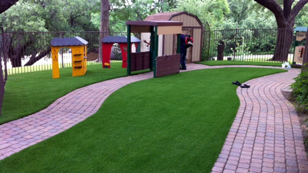 Artificial Grass Installation in Austin, Texas
