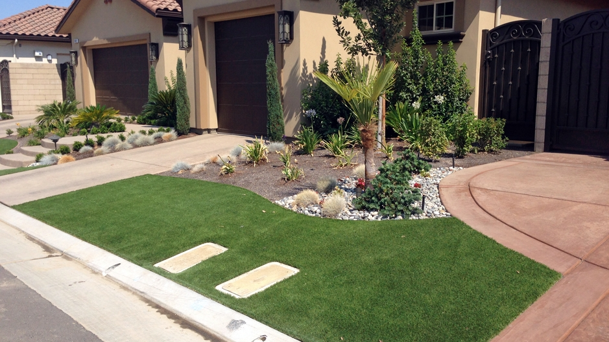 Artificial Grass Installation in Long Beach, California