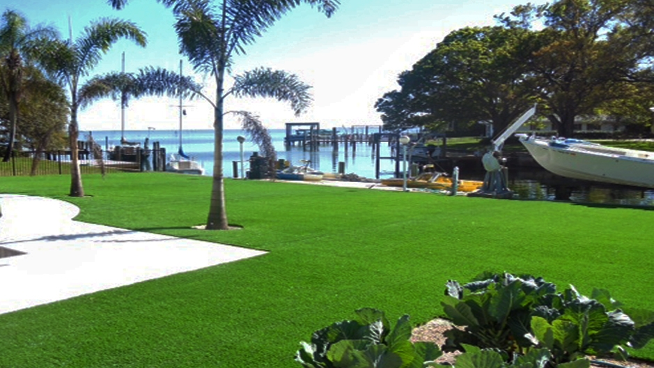 Artificial Grass Installation in Fort Lauderdale, Florida