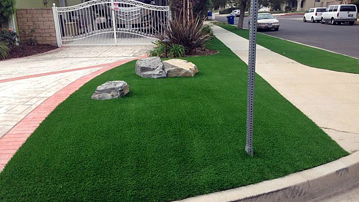 Artificial Grass Installation in Simi Valley, California