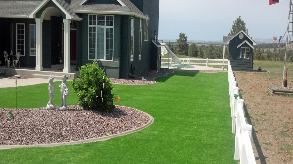 Artificial Grass In Installation in Boise, Idaho