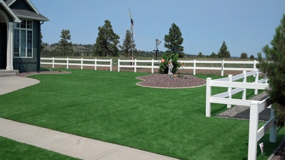 Artificial Grass Installation in Omaha, Nebraska