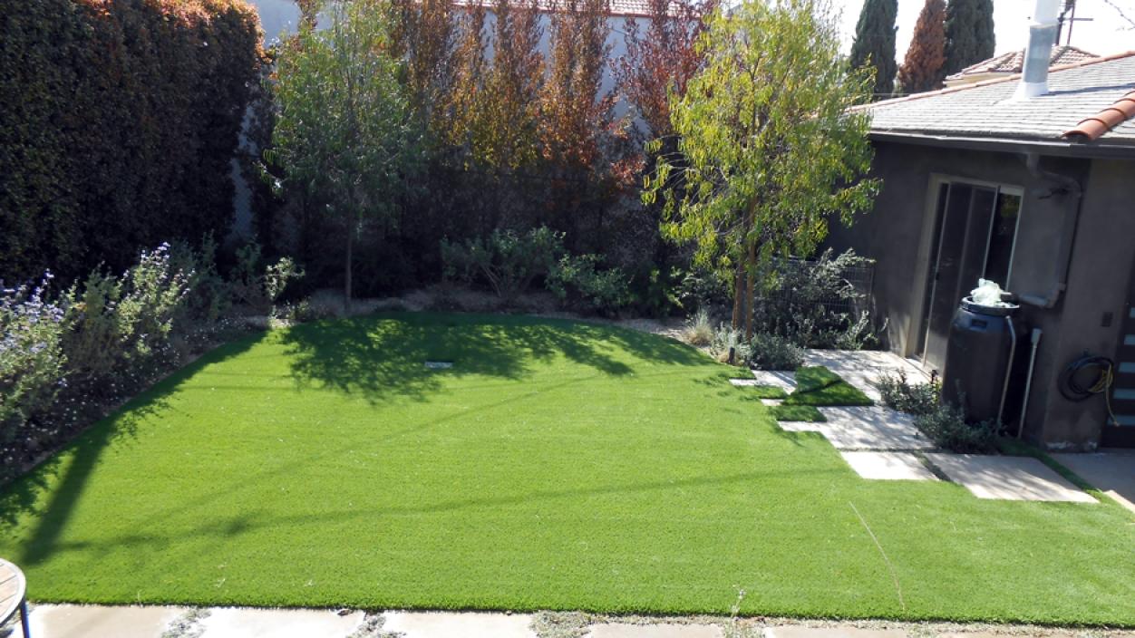 Artificial Grass Installation in Garden Grove, California