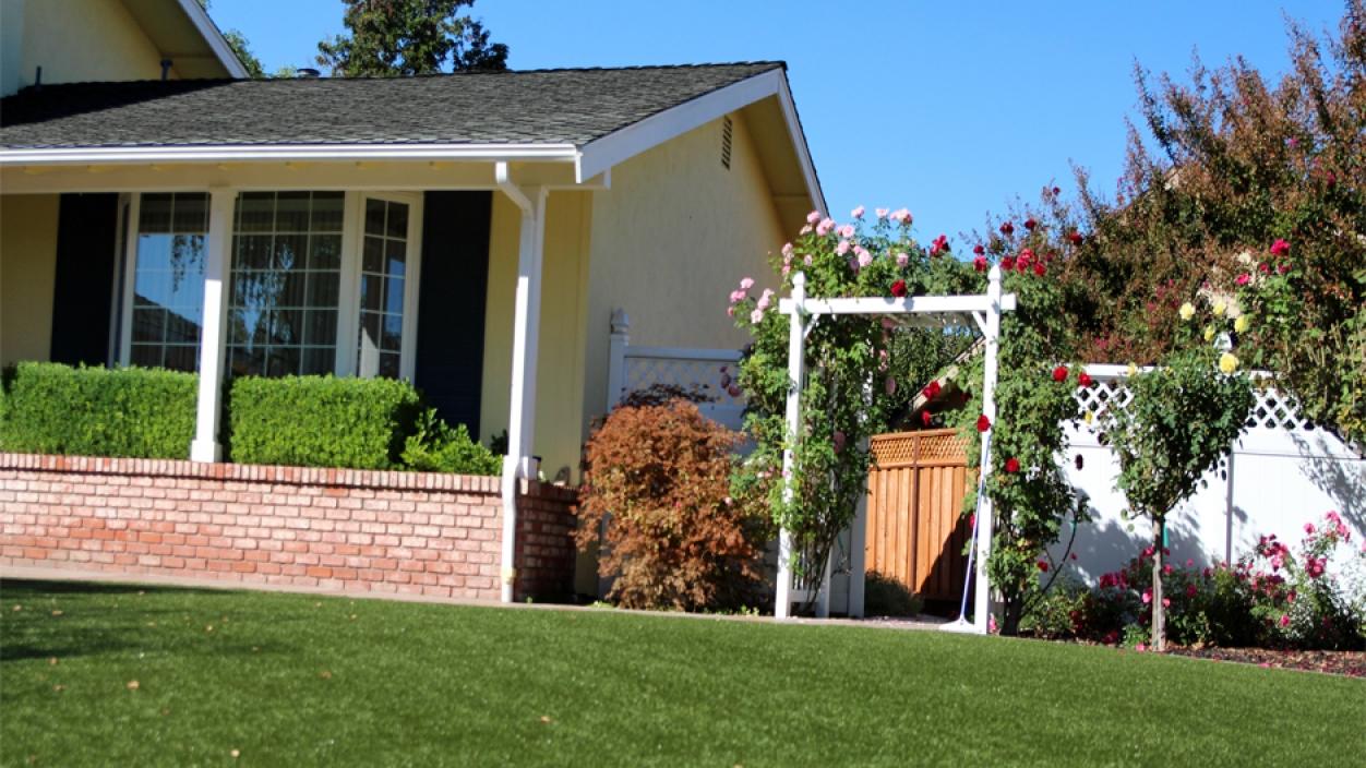 Artificial Grass Installation in Rialto, California