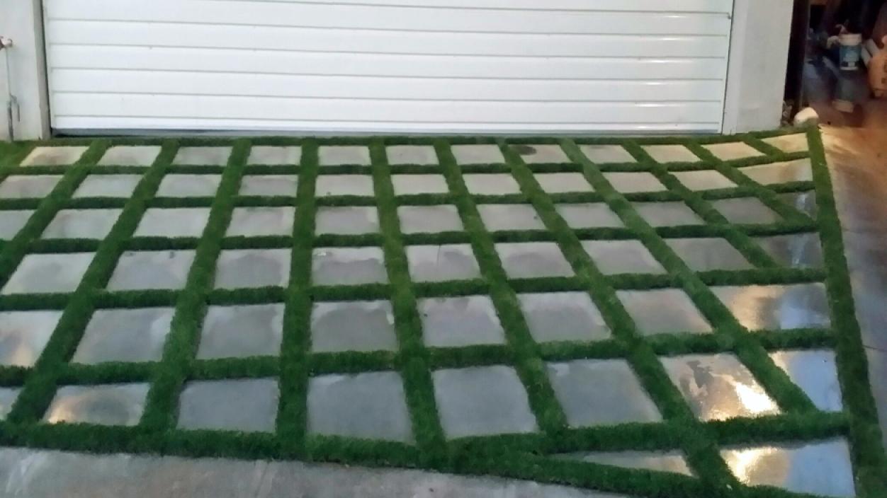 Artificial Grass Installation in South Gate, California