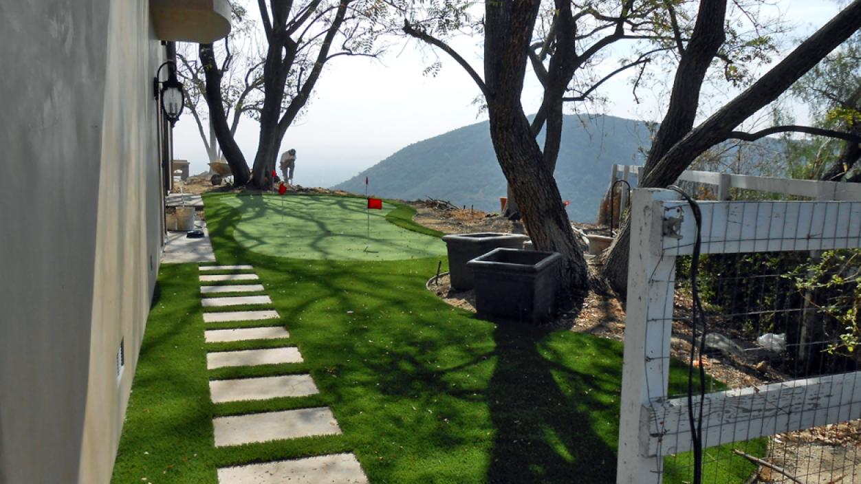 Artificial Grass Installation In Palos Verdes Peninsula, California