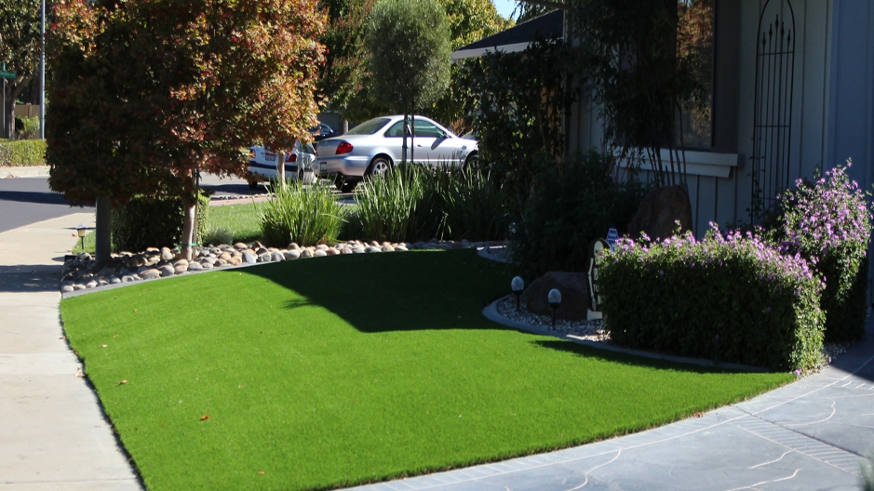 Artificial Grass Installation In Apple Valley, California