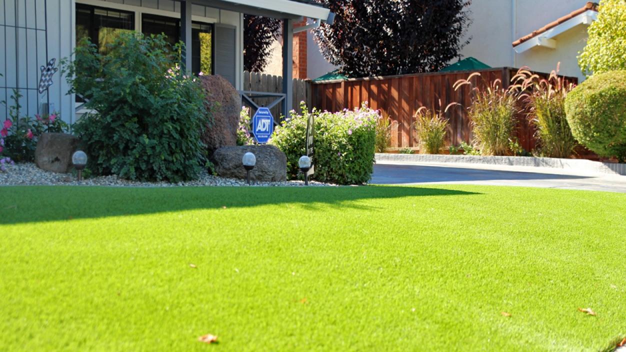 Artificial Grass Installation In Palm Desert, California