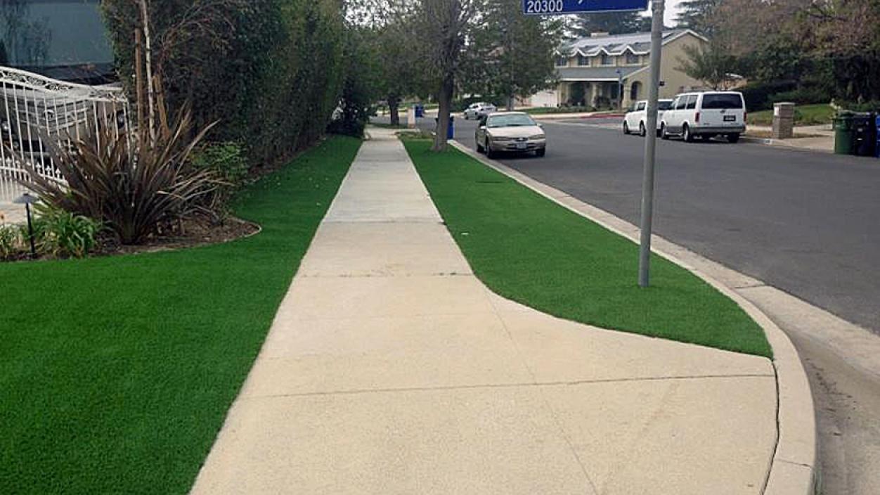 Artificial Grass, Synthetic Grass in Fresno, California