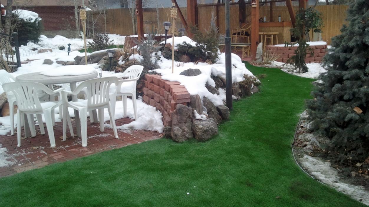 Artificial Grass, Synthetic Turf Denver, Colorado