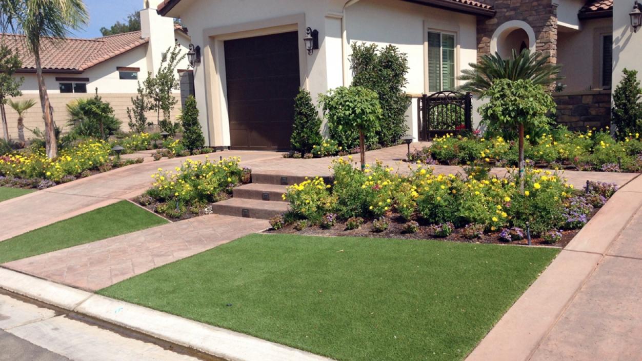 Artificial Grass Installation In La Canada Flintridge, California