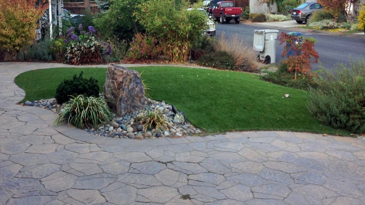 Artificial Grass Installation in Gardena, California