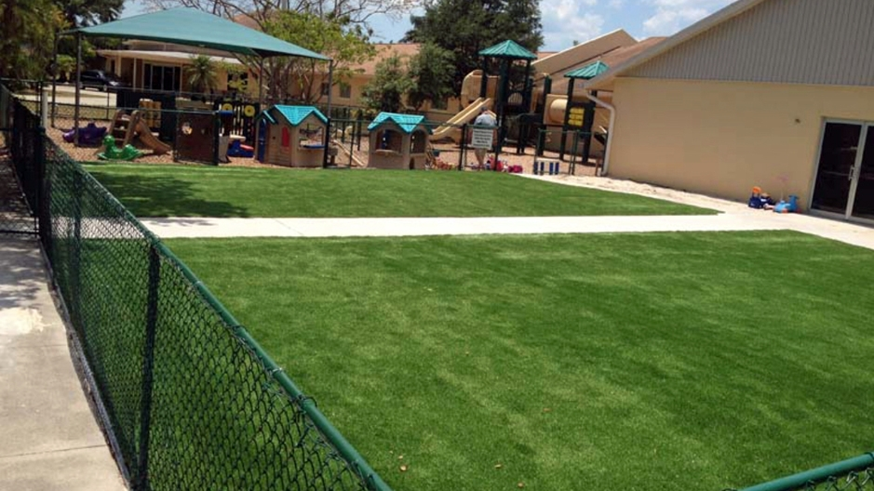 Artificial Grass Installation in Daytona Beach, Florida