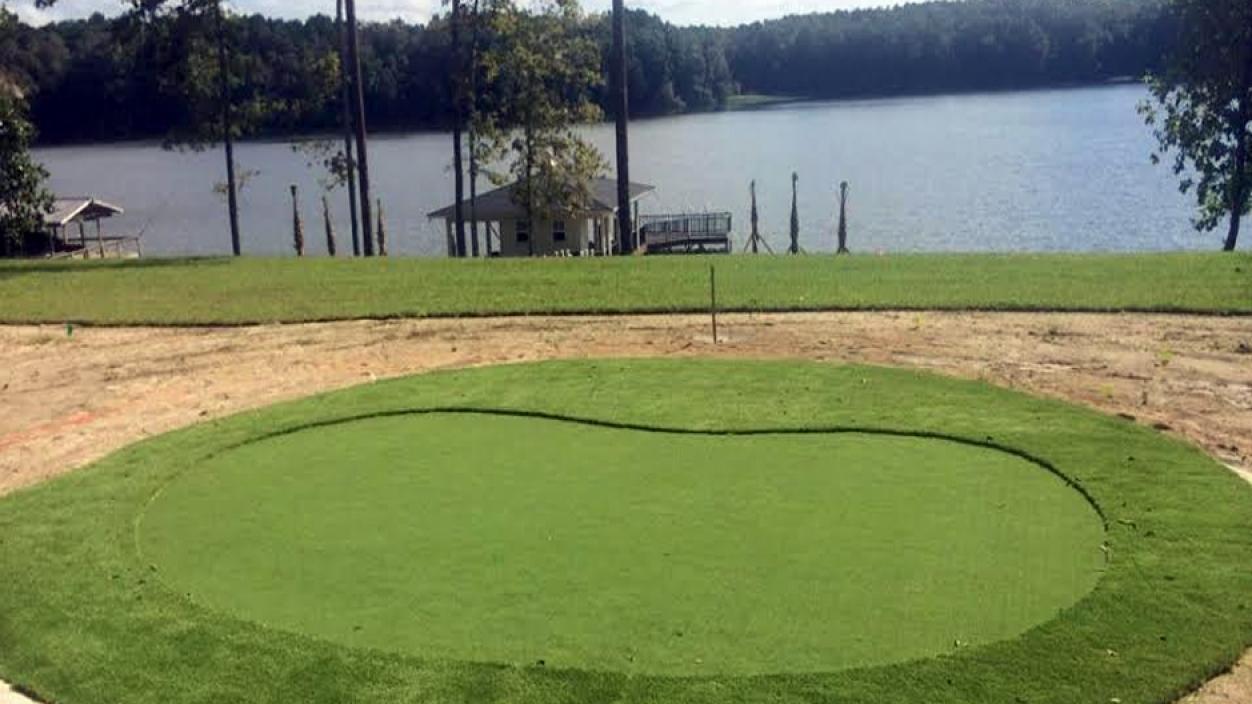 Artificial Grass Installation in Lauderhill, Florida