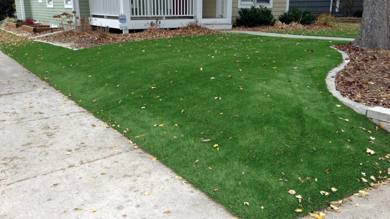 Artificial Grass Installation In St. Louis, Missouri