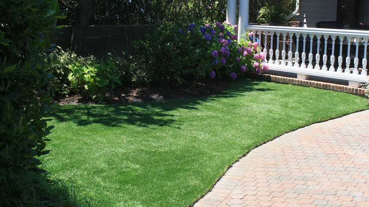 Artificial Grass Installation In Miami Gardens, Florida