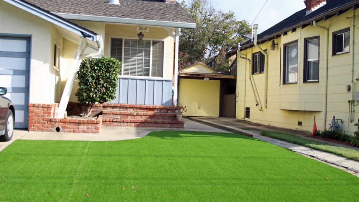 Artificial Grass Installation in Montebello, California