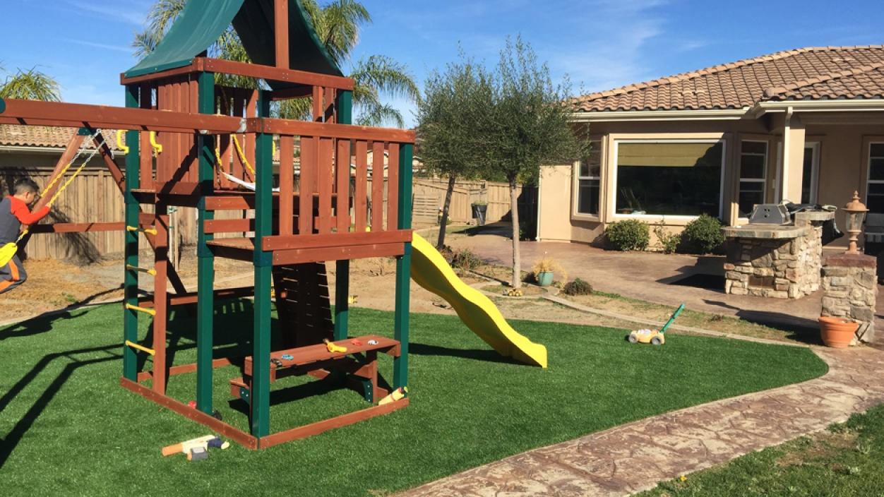 Artificial Grass Installation in North Miami, Florida