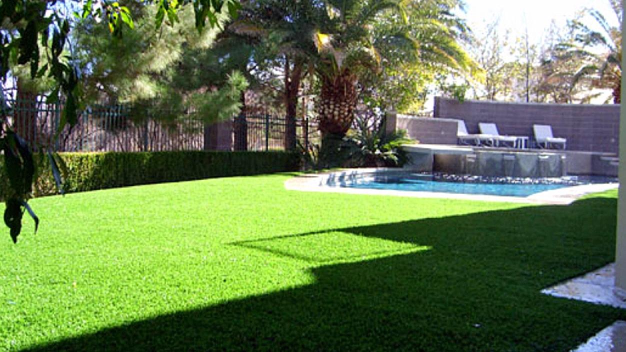 Artificial Grass Installation in Pelican Bay, Florida