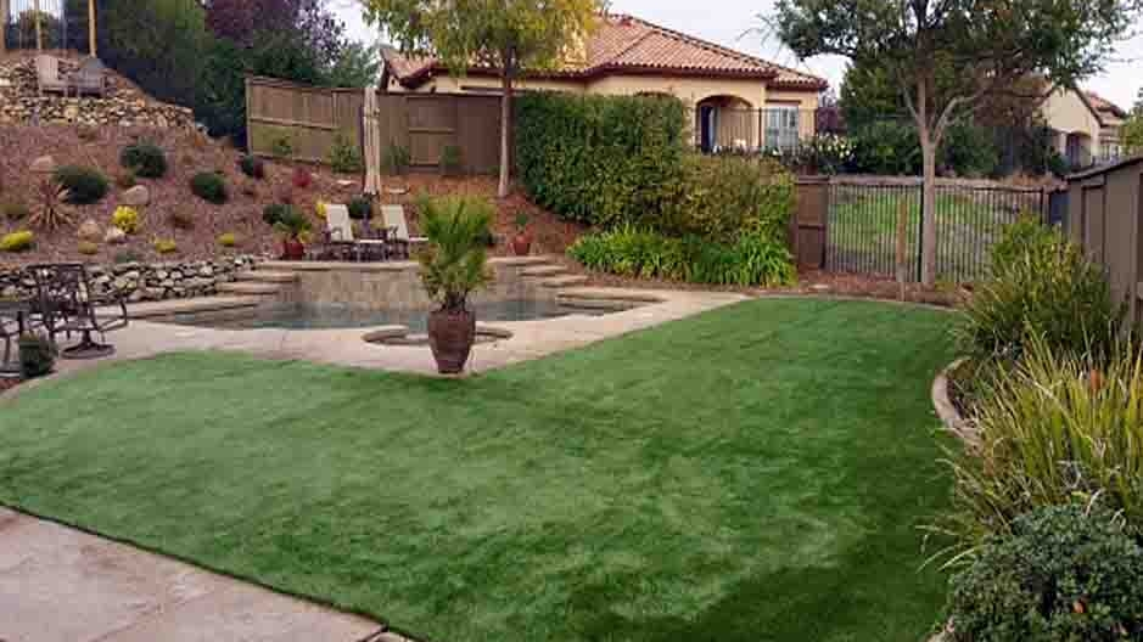 Artificial Grass Installation in Rancho San Diego, California