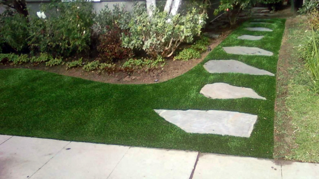Artificial Grass Installation in Santa Clarita, California