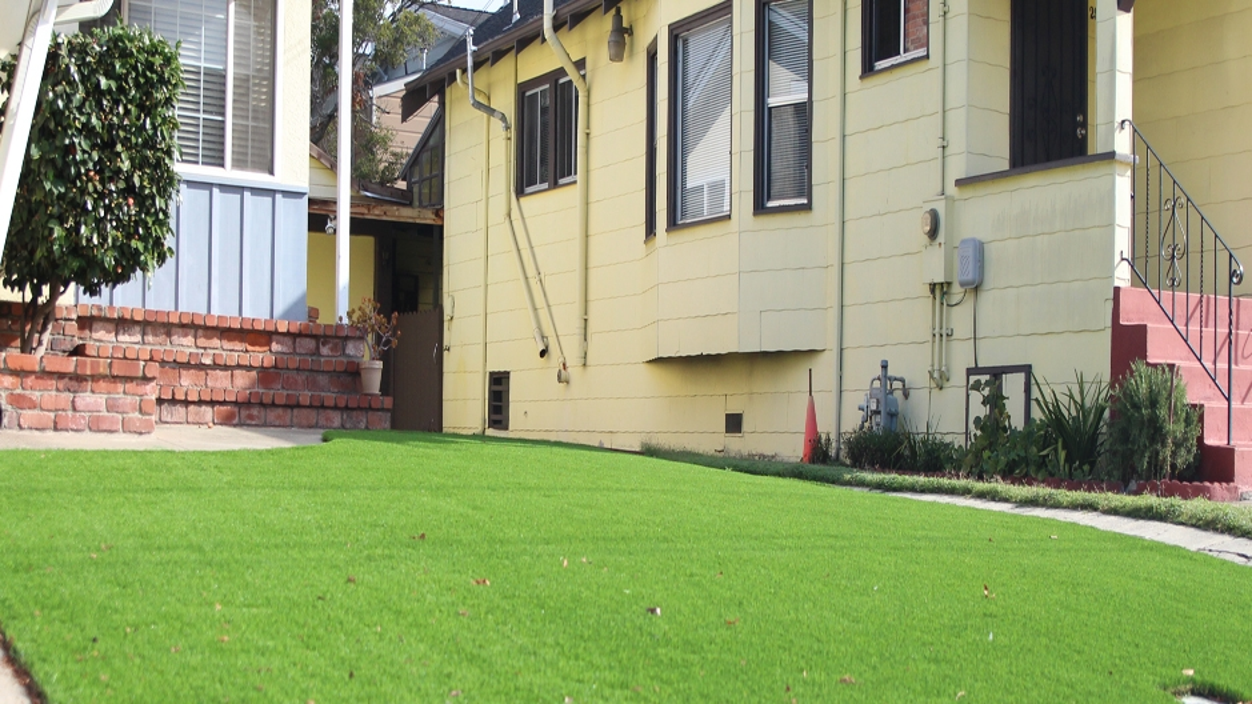 Artificial Grass Installation in Santa Fe Springs, California