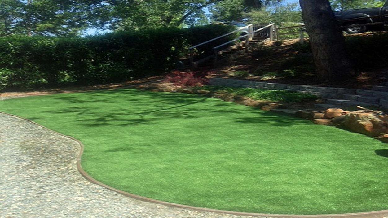 Artificial Grass Installation in Santa Venetia, California