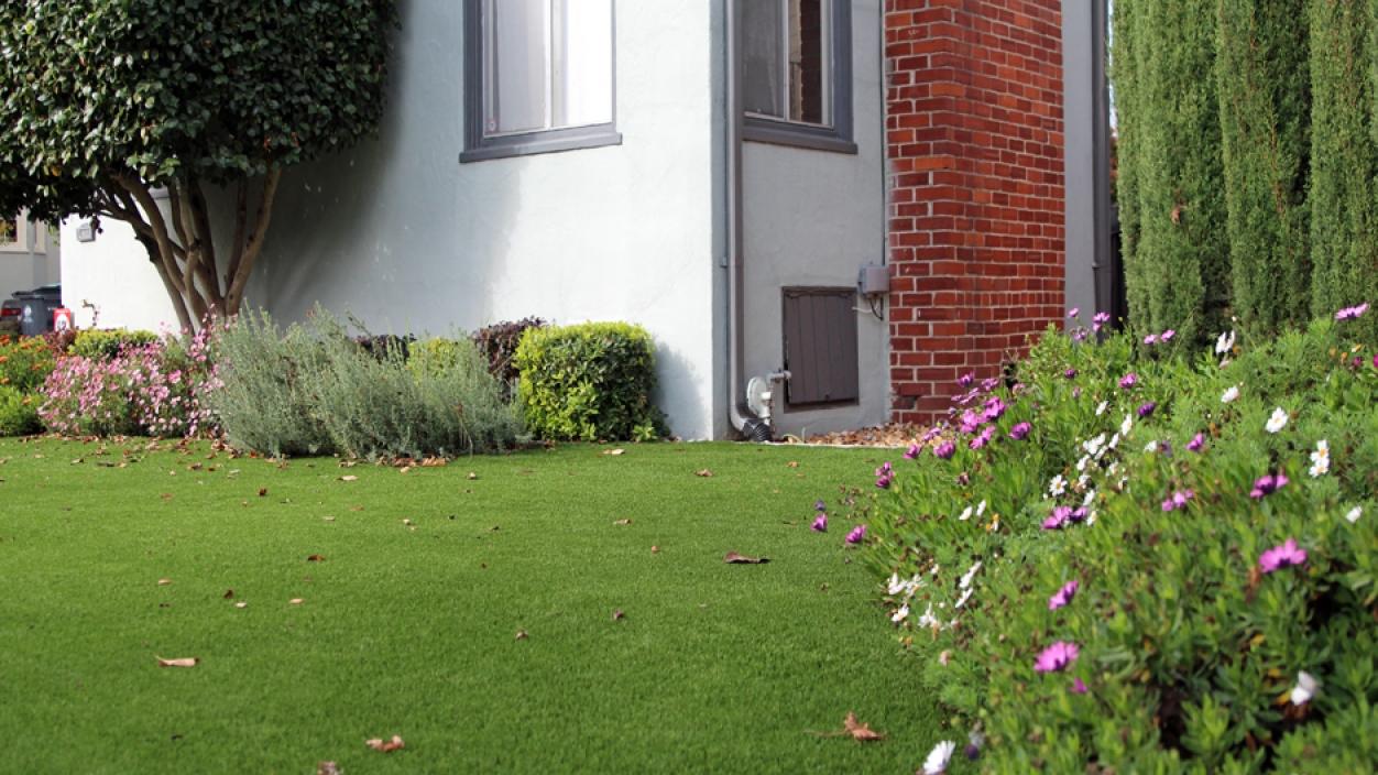 Artificial Grass Installation In Temple City, California