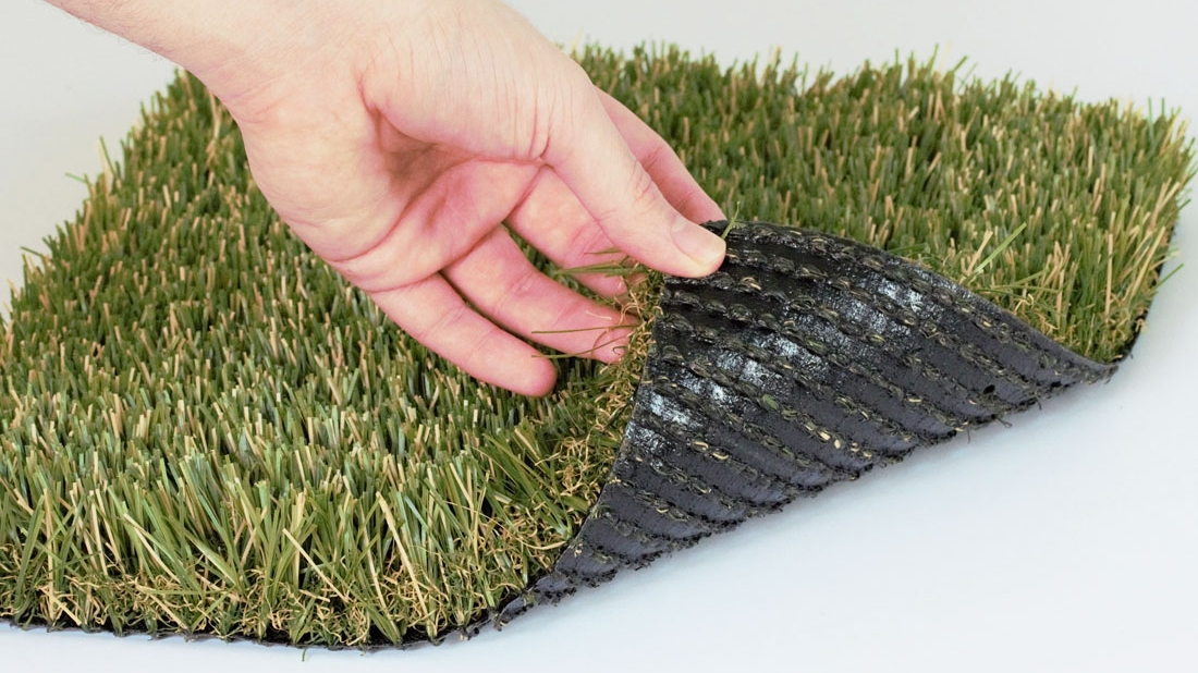 Natural Blend multi-color grass - Global Syn-Turf