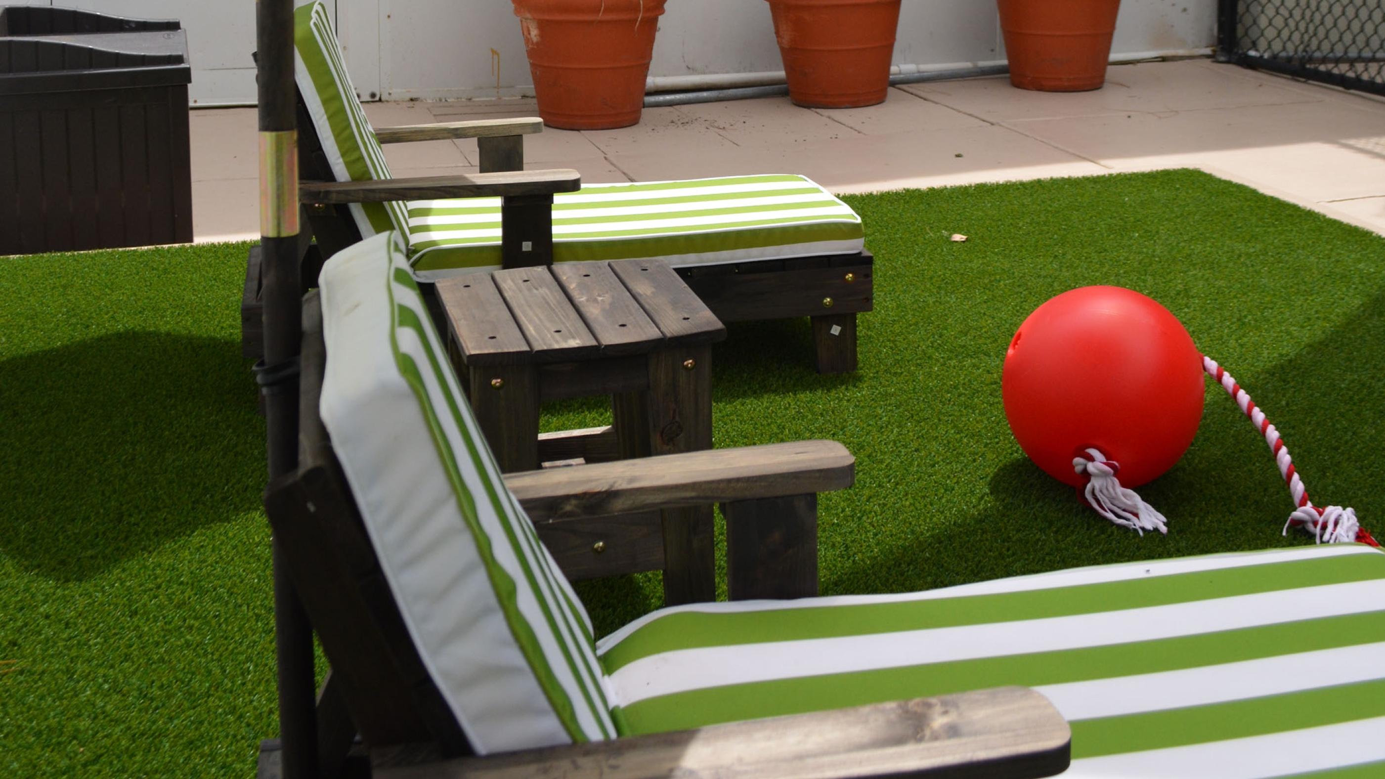 Artificial Turf, Fake Grass Roof Tops Carmichael, California