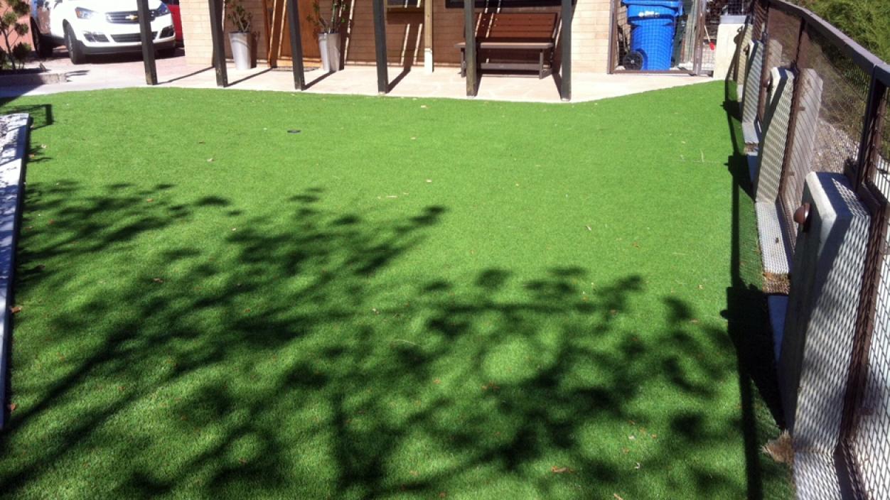 Synthetic Grass Installation In San Antonio, Texas