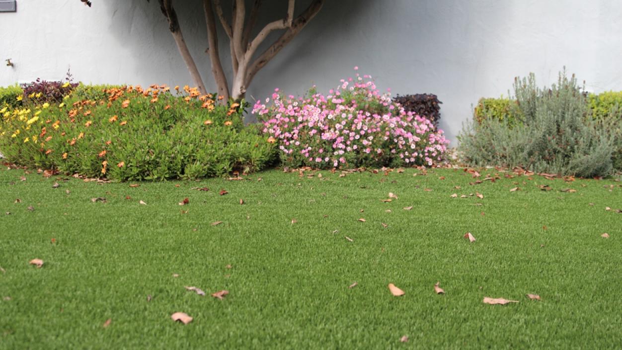 Synthetic Grass Installation In Garden Grove, California